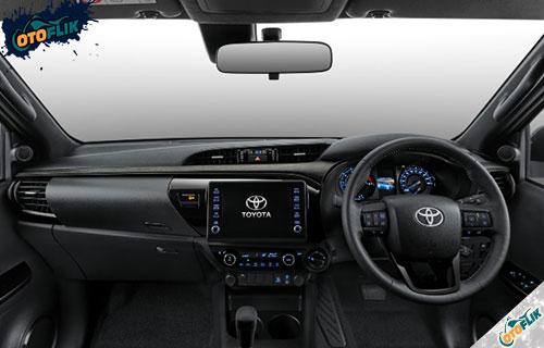 Interior Toyota Hilux Facelift