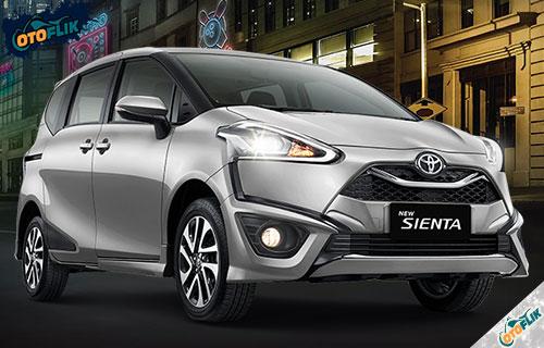 Toyota Sienta Silver Metallic