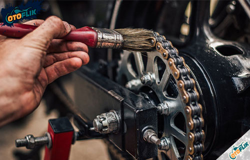 Panduan Cara Membersihkan Rantai Motor Kotor