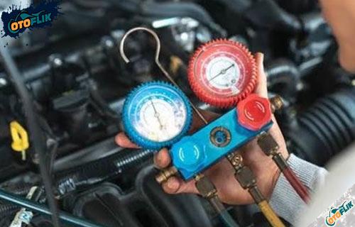 Bahaya Tekanan Freon AC Mobil Berlebih