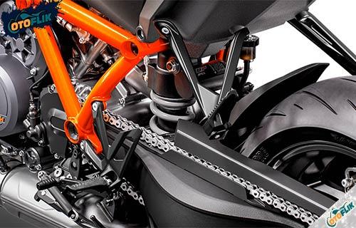 Keamanan dan Kenyamanan KTM Super Duke 1290 R