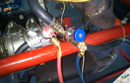 Pengosongan Sistem AC Mobil