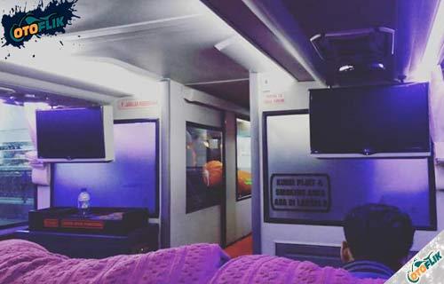 Fasilitas Bus Sleeper Seat