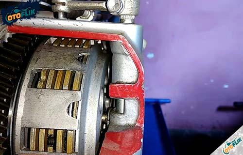 Cara Kerja Kampas Ganda Motor Saat Mesin Mati