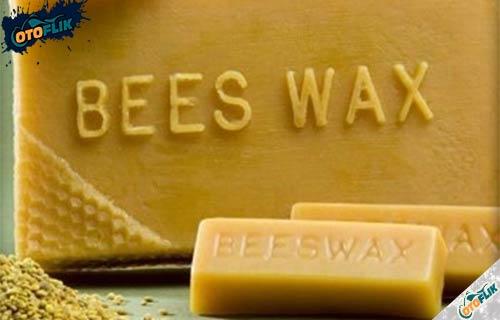 Hitamkan Menggunakan Beeswax