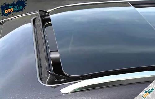 Apa Itu Sunroof Mobil
