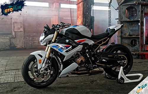 Desain BMW S1000R 2021