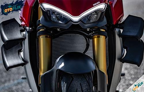 Desain Ducati Streetfighter V4S