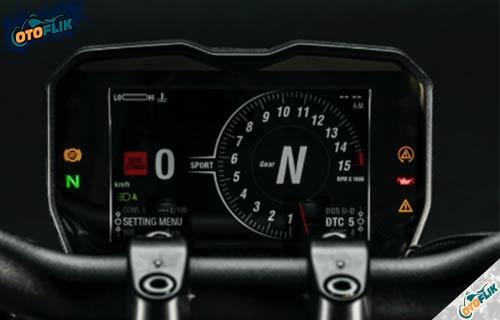 Fitur Ducati Streetfighter V4S