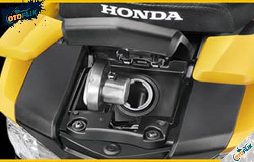 Fitur Honda Grazia 125
