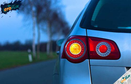 Penyebab Lampu Rem Mobil Nyala Terus