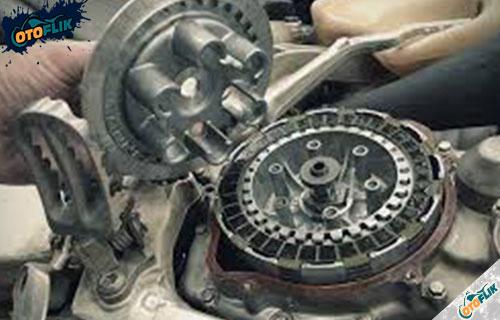 Ciri Ciri Kopling Motor Selip