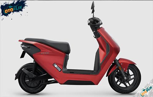 Honda U GO Merah