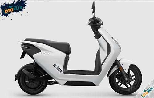 Honda U GO Putih