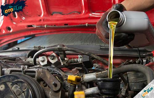 Daftar Kapasitas Oli Mesin Mobil Suzuki Terlengkap