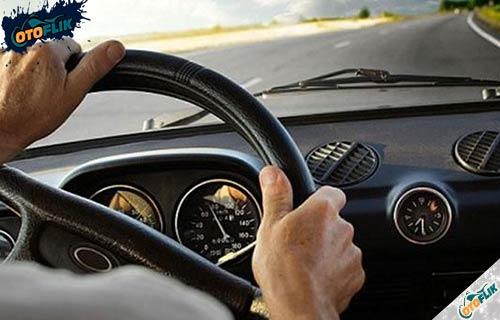 Berapa Putaran Ideal RPM Mobil