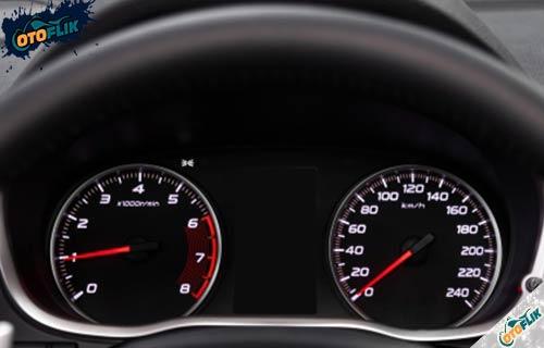 Cara Mengatasi RPM Mobil Mentok di 3000