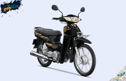 Honda Dream 125 Hitam